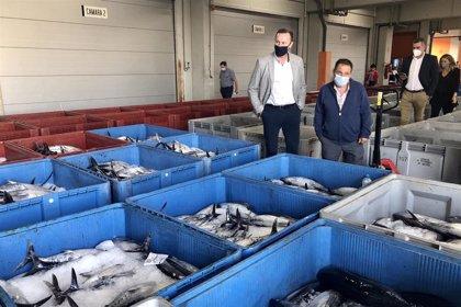 Coronavirus.- Ascienden a tres los positivos detectados en dos barcos de Burela (Lugo) atracados en Santoña (Cantabria)
