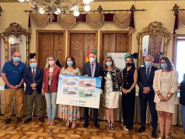 Junta y ONCE presentan los cupones dedicados al sector pesquero