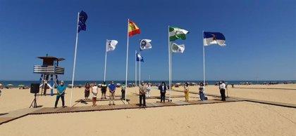 La Junta destaca que el aumento de banderas azules consolida la calidad de las playas de Cádiz