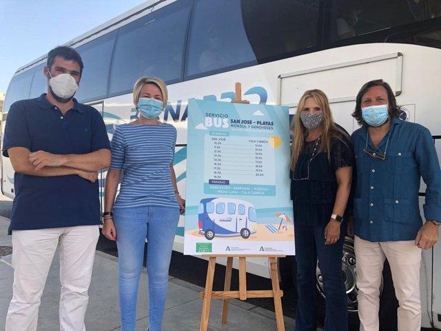 El bus entre Almería y San José comenzará a funcionar el próximo jueves