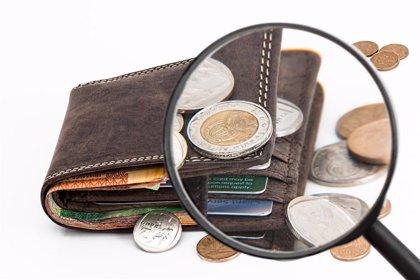 Catedráticos de salud pública descartan que el dinero en efectivo aumente el riesgo de Covid-19