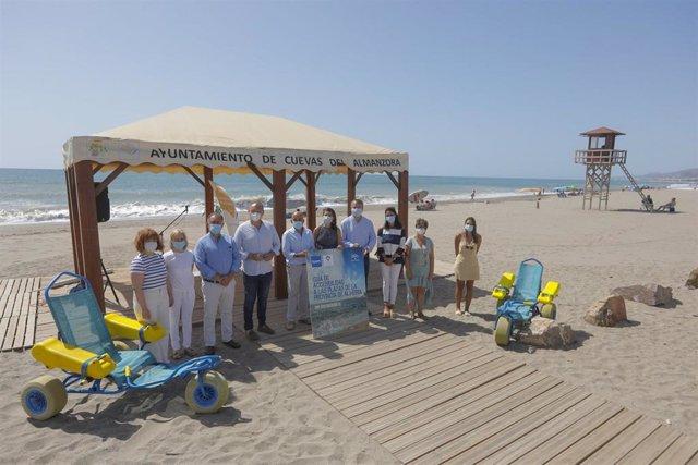Presentación de la guía de playas accesibles de la FAAM