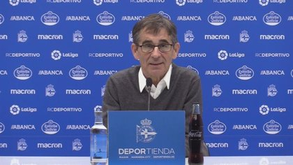 Fernando Vázquez, sancionado con cuatro partidos por dar instrucciones desde la grada