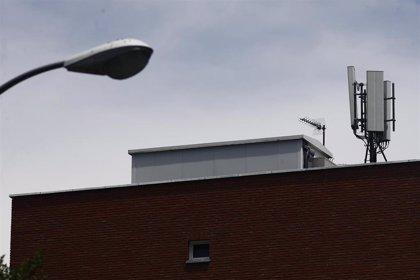 Condenada una compañía telefónica a retirar la antena de un edificio que ocupaba en Sevilla pese a rescisión de contrato
