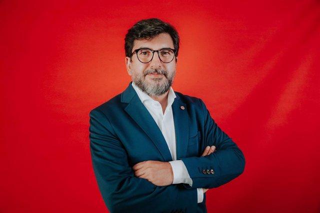El periodista burgalés Álvaro Elúa, director general de Puentia.