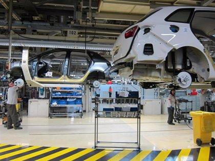 La producción industrial de la eurozona rebotó un 12,4% en mayo con el final de las restricciones