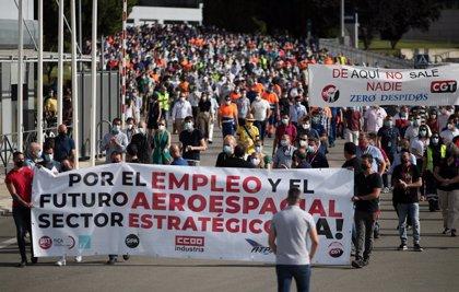 Los trabajadores de Airbus demandan la intervención de las administraciones ante los despidos