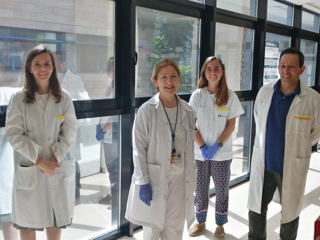 Grupo de Oncología Clínico-Experimental:  Eugenia de la Morena, Antonia Miñarro, Belén de la Morena y Javier Corral en el Centro Regional de Hemodonación