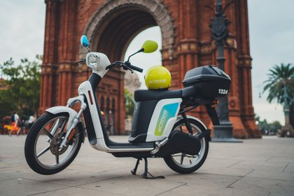 Barcelona ampliará de 7.000 a 10.000 las licencias de motos de 'sharing'