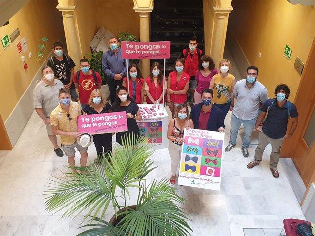Np Igualdad: El Instituto Andaluz De La Juventud (Iaj) Presenta En Cádiz La Campaña Te Pongas Lo Que Te Pongas, Vístete Para La Ocasión