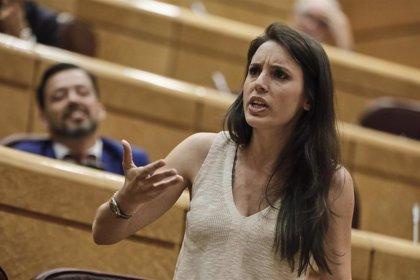 """El PP denuncia que no hay """"nada más machista que la actitud de Iglesias y la sumisión"""" de Montero y las que le apoyan"""
