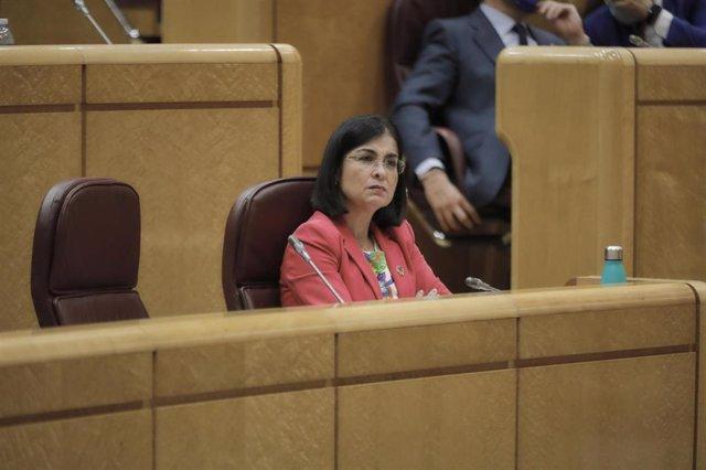 La ministra de Política Territorial y Función Pública, Carolina Darias, durante una sesión de control al Gobierno en el Senado, en Madrid (España) a 14 de julio de 2020. Con este pleno, la Cámara Alta dará por terminada su actividad parlamentaria hasta el