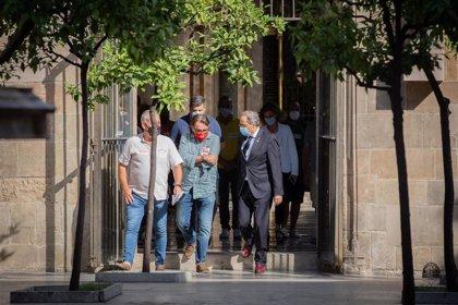 Trabajadores de subcontratas de Nissan se reúnen con Torra y Colau y piden más acción política