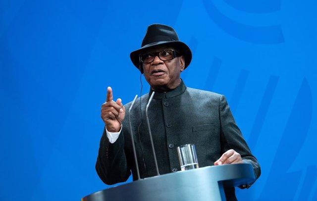 Malí.- Un movimiento opositor de Malí vuelve a pedir la dimisión de Keita y conv