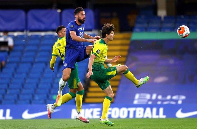 Olivier Giroud en el Chelsea-Norwich City