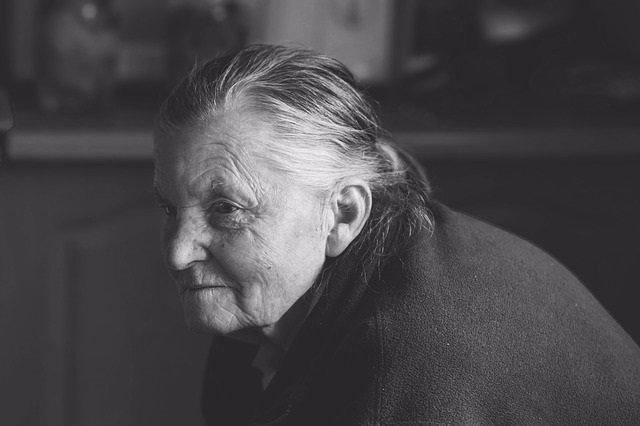 Demencia, mujer, abuela, mayor, anciana, alzheimer
