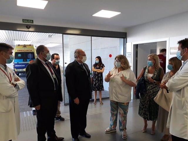 El gerente del SAS visita los hospitales del Campo de Gibraltar