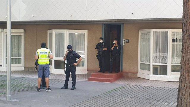 Registro en un domicilio de la Barceloneta en el marco de un dispositivo antiterrorista
