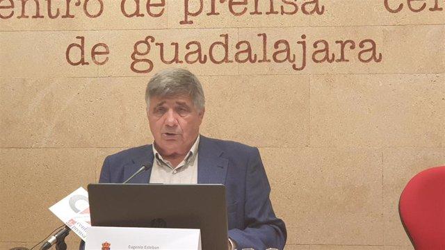 El alcalde de Tamajón (Guadalajara), Eugenio Esteban,