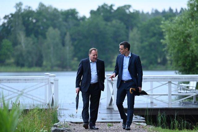 El president del Govern espanyol, Pedro Sánchez (e), amb el primer ministre suec, Stefan Löfven (d), a la residència de Harpsund, Suècia.