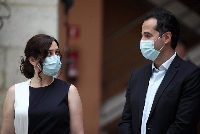 La presidenta de la Comunidad de Madrid, Isabel Díaz Ayuso; y el vicepresidente de la Comunidad, Ignacio Aguado.