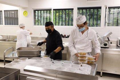 Más de 200 menús solidarios al día frente a la crisis del Covid-19