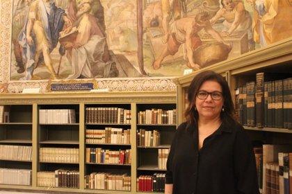 """Raffaela Vicenti, primera mujer en la Secretaría General de la Biblioteca Apostólica vaticana: """"No soy una rara avis"""""""