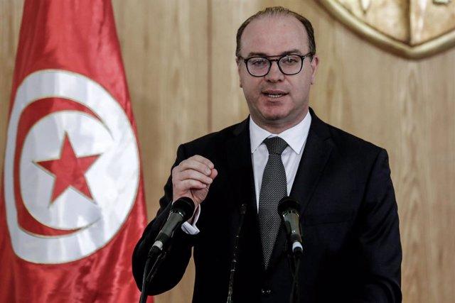 Túnez.- Varios partidos presentan una moción de censura contra el primer ministr