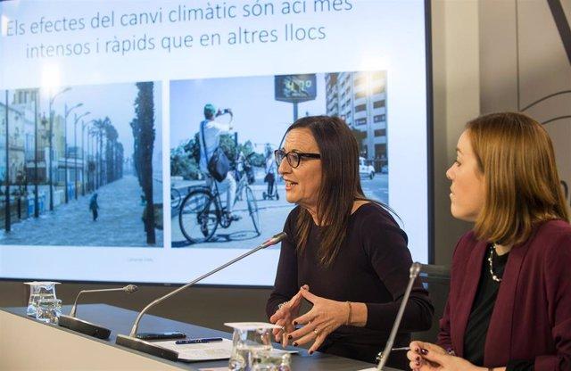 La vicepresidenta de la Diputación de Valencia, Maria Josep Amigó, y la diputada de Movilidad Dolors Gimeno