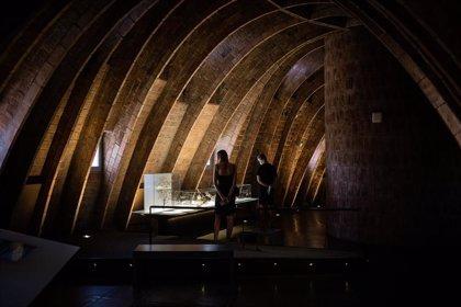 La Pedrera reabre con visitas a espacios inéditos del edificio