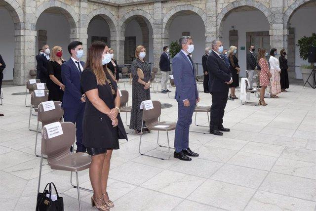 Acto en el Parlamento de Cantabria por el homenaje de estado a las víctimas del Covid en Madrid