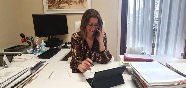 La alcaldesa de Lugo, Lara Méndez, en su despacho.