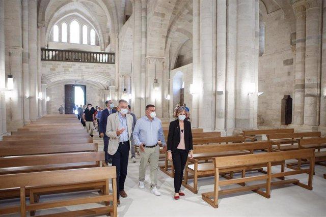 La iglesia del Monasterio de Irache estrena pavimentación, iluminación y mobiliario.