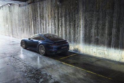 Porsche ya admite pedidos en España de los nuevos 911 Coupé y Cabriolet, con 580 caballos
