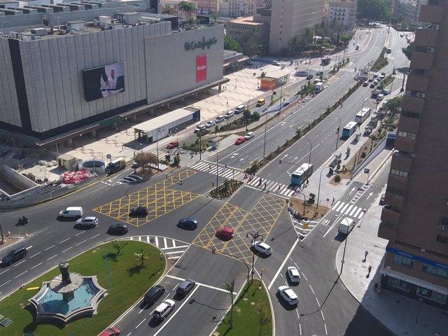 Imagen de la avenida de Andalucía que recupera este viernes su plena funcionalidad tras diez años ocupada por las obras del metro