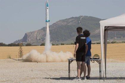 Estudiantes de diferentes puntos del país presentan en el Parque de las Ciencias de Granada sus proyectos espaciales