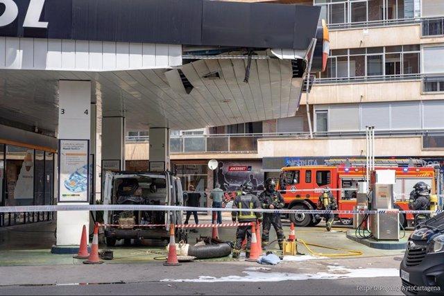 Imagen de la gasolinera, tras la explosión
