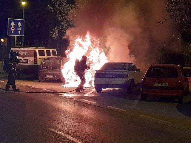 Incendio en vehículos de Ibiza