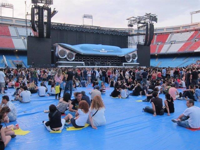 Público en el concierto de Bon Jovi en Madrid