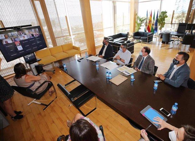 La Diputación presenta el Plan Málaga a los empresarios