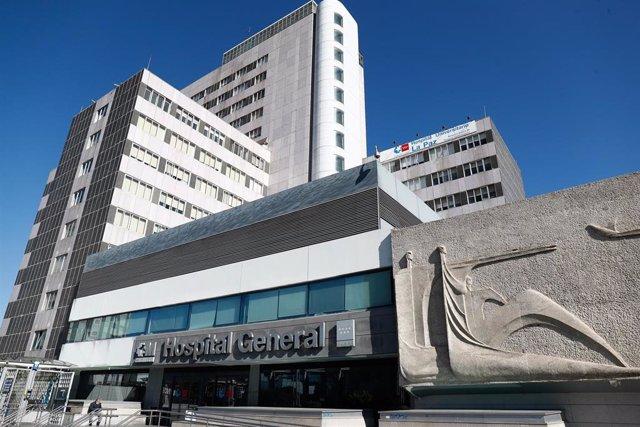 Fachada del Hospital La Paz.
