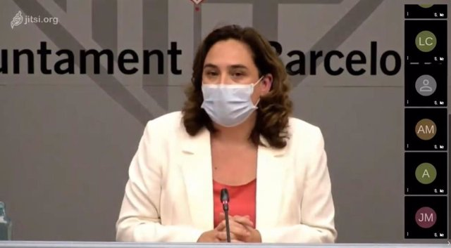 Conferència de premsa de l'alcaldessa de Barcelona, Ada Colau.