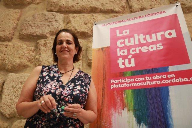 Blanca Torrent en el Ayuntamiento de Córdoba.