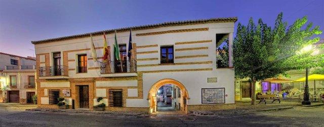 Imagen del Ayuntamiento de Fondón (Almería).