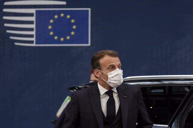 """Cumbre UE.- Macron ve """"aún posible"""" el acuerdo pero avisa de que """"no será a cost"""