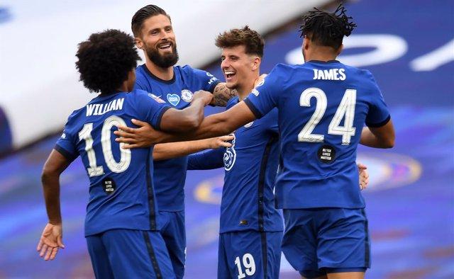 Fútbol.- El Chelsea aprovecha el mal día de David de Gea para buscar la FA Cup