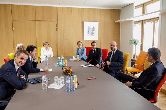 Cumbre UE.- Los líderes elevan la presión sobre Países Bajos y Austria al acusar