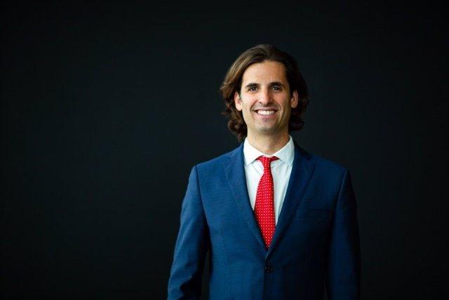 Coach empresarial, consultor y growth hacker