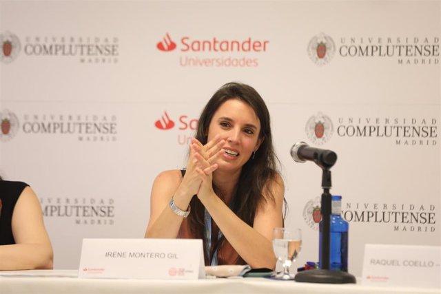 La ministra de Igualdad, Irene Montero, en los Cursos de Verano en San Lorenzo de El Escorial