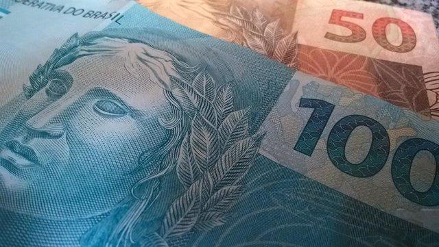 Brasil.- El mercado financiero brasileño modera previsiones del PIB, con una con